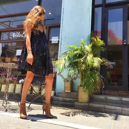 שמלת מוניק שחור