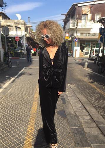 חליפת ברנדה שחורה