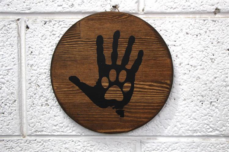 תמונה מעץ - HAND & PAW