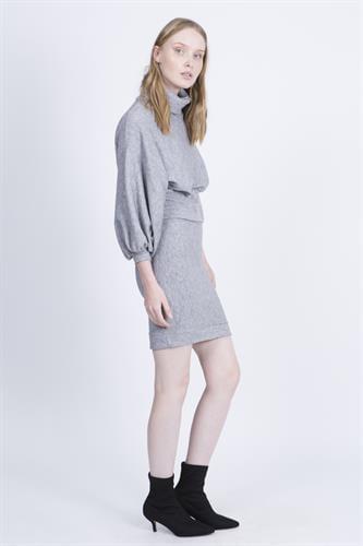 חליפת סטפני אפור בהיר