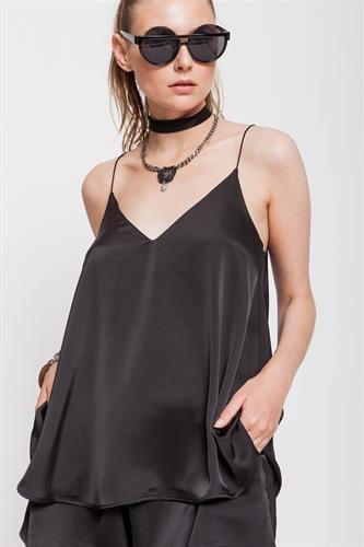 חליפת גין  שחורה