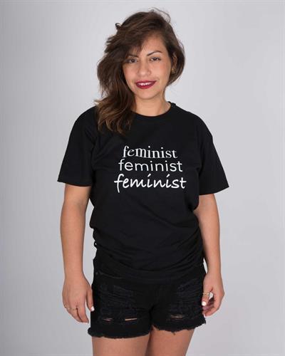 חולצת טי שירט יוניסקס שחורה Feminist