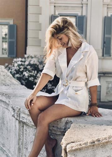 חליפת דניס שמנת