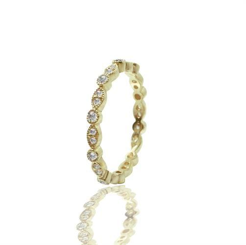 טבעת איטרניטי אינסוף משובצת יהלומים לכל אורכה