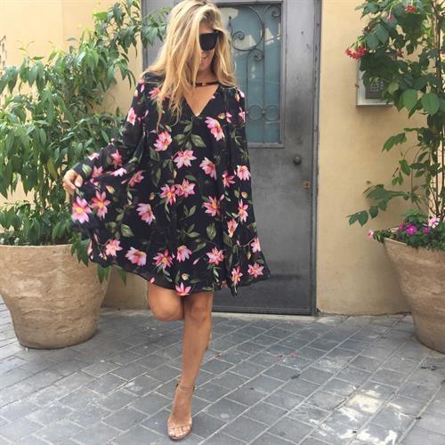 שמלת ג'סיקה פרחוני שחור