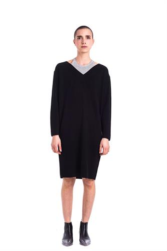 BLACK MERINO PULLOVER DRESS