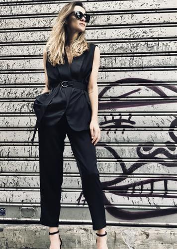 חליפת ברוק שחורה