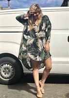 שמלת קיילי ירוק טרופי