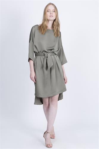 שמלת ריהאנה ירוקה