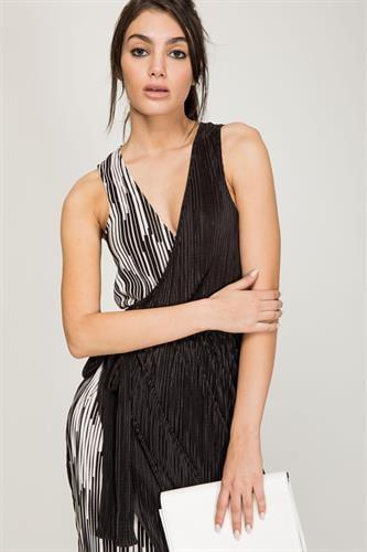 שמלת לוקסור שחור פסים