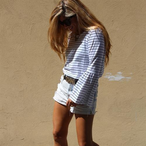 חולצת אשלי לבן