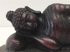בודהה שוכב