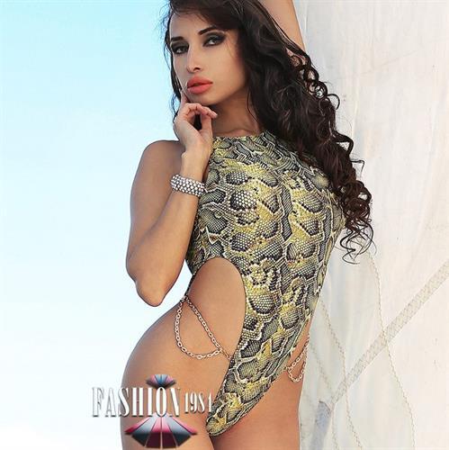 בגד ים מעוצב דגם טינה מארי (snake)