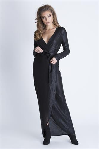 שמלת גיגי שחורה
