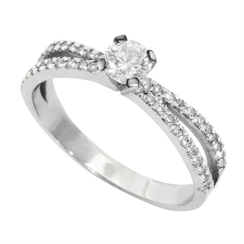 טבעת זהב 14K משובצת יהלומים 0.60 קראט