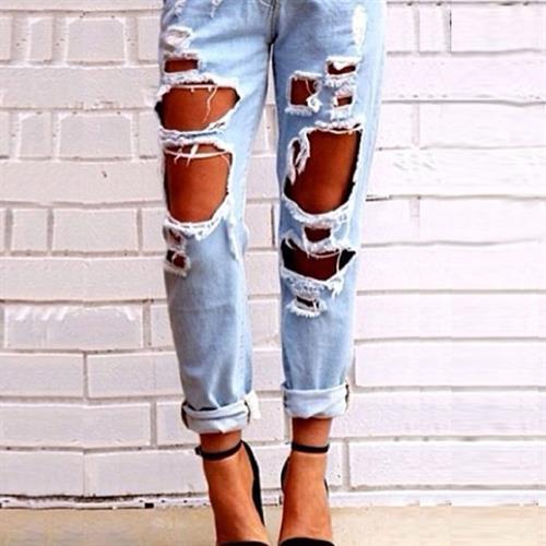 קרעים קרעים קרעים - ג'ינס מיוחד מבית היוצר של FASHION1984