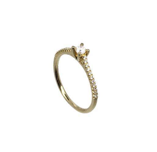 טבעת אירוסין זהב צהוב 14K יהלום מרכזי ויהלומים בצדדים MY09160125710