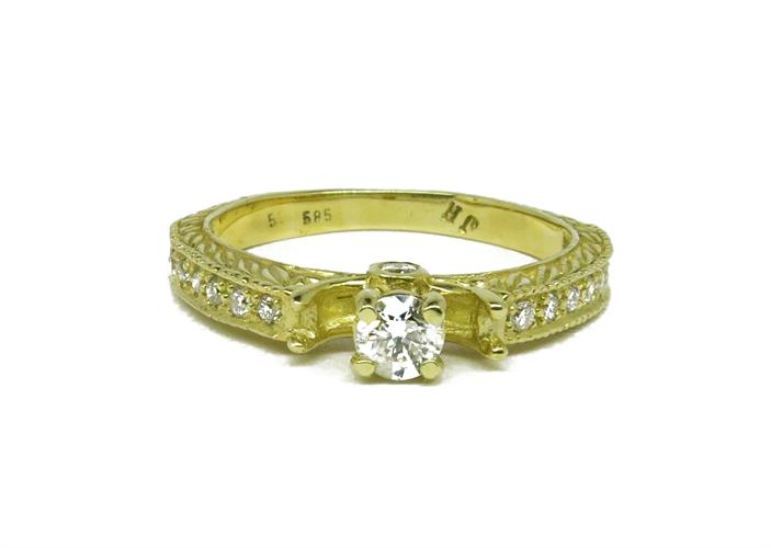 טבעת זהב 14Kוינטאג' משובצת יהלומים 0.50 קראט