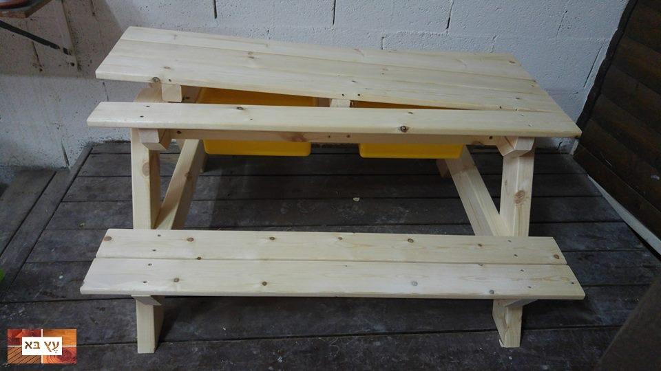 שולחן פיקניק לילדים מעץ דגם נפתח