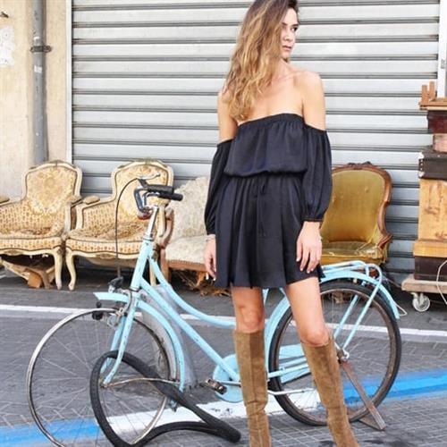 שמלת קלייר שחורה