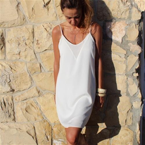 שמלת וי לבנה
