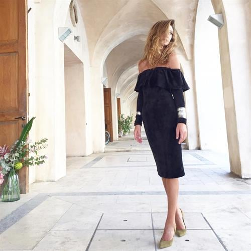 שמלת סלסה שחורה