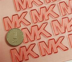 SET MK - TEXTURE SURFACE AND 2 BRAND STAMPS
