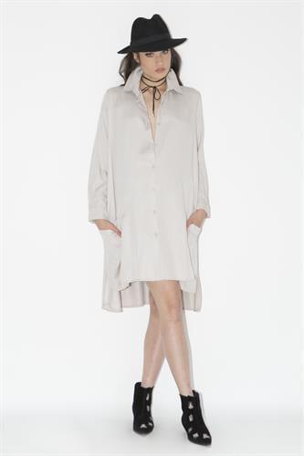 שמלת ברוקלין בז'