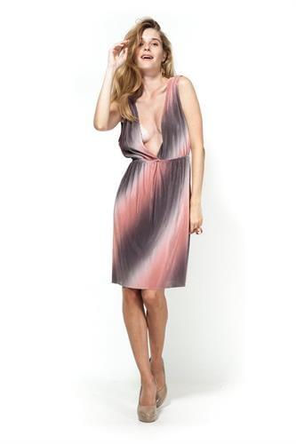 שמלת אמילי קצרה אפרסק